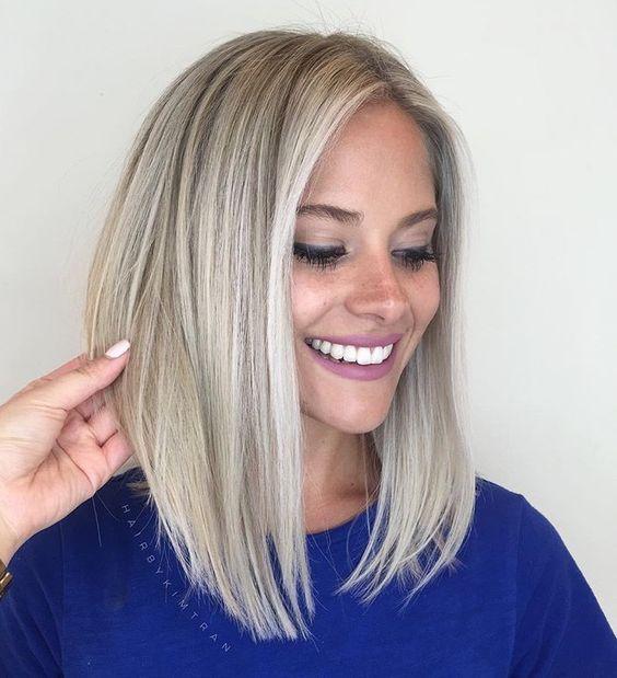 Las ideas de cortes de cabello que puedan renovar nuestro look ¡nunca están de más! Por eso te dejo por aquí algunos estilos que estoy segura podrían verse hermosísimos en ti, logrando hacerte ver más guapa y atractiva durante el próximo verano. Recuerda stalkear antes a tu estilista en sus redes para conocer mejor su […]