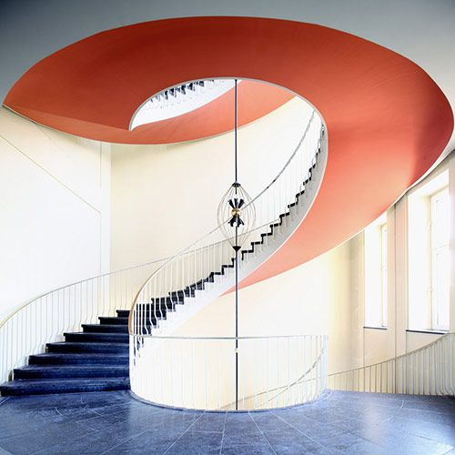 orange--fantastic effect.  Brilliant use of color.Spirals Staircases, Numbers 2, Interiors Design, Nils Eisfeld, Accent Colors, Spiral Staircases, Wedding Pictures, Stairs Design, Deep Blue