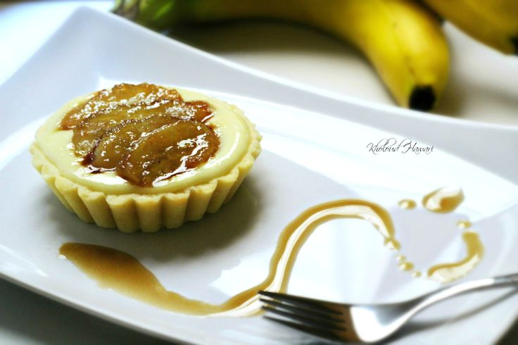 Caramelized Banana tartlet Sinfully yummy!! These tartlets use a crust that's especially amazing and easy to make, I love how the brown sugar mixture makes banana sticky and yummy upon contact with the pastry cream.  Serve these tarts with mascarpone cream and more of sliced bananas