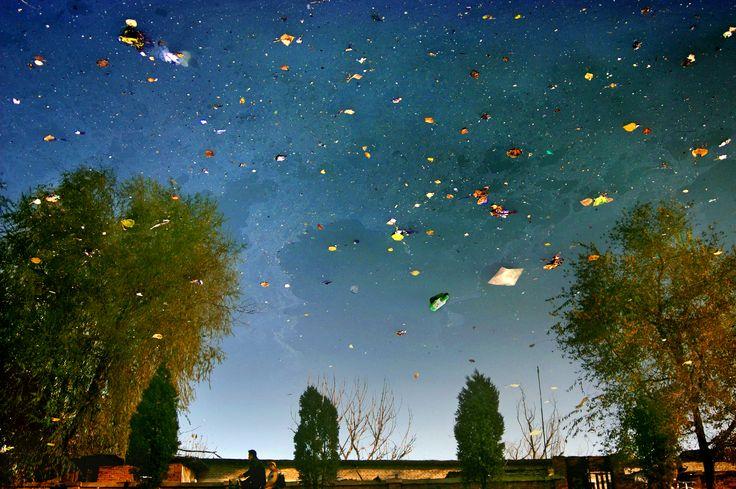 The Stars Light Our Way:Urban Amber 2005  100x150cm, 60x90cm C-Print Beijing