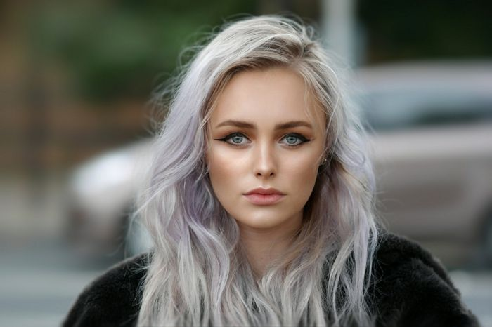 Haare ursachen graue mit 30 frau Graue Haare: