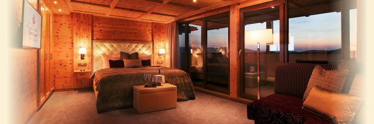 NEU: Zirbenzimmer Abendrot Landromantik Hotel Oswald Teisnach Wellnesshotel Viechtach Bayerischer Wald Wellnesshotels Bayern