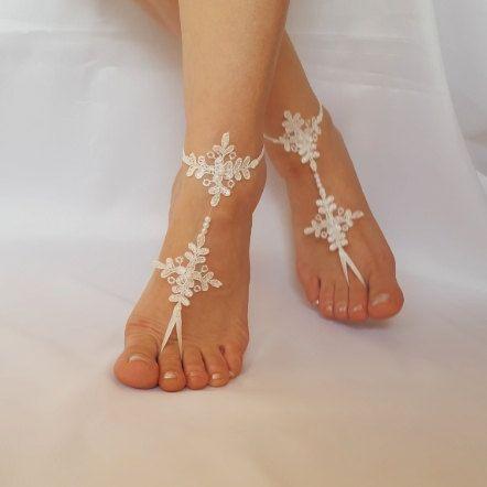 Sandali da spiaggia matrimonio pizzo a piedi nudi sandali nave gratis ricamato avorio Barefoot francese pizzo scarpe accessori damigelle regalo di nozze