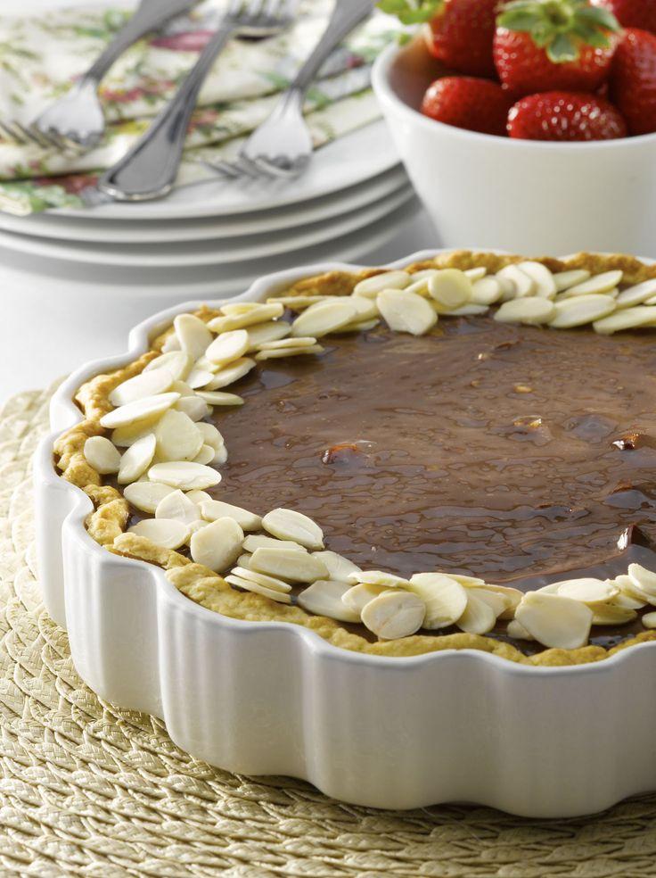 ¡Qué rico disfrutar de esta Tarta de chocolate y almendras sin azúcar! Una receta ideal para comenzar a tener mejore hábitos alimenticios.