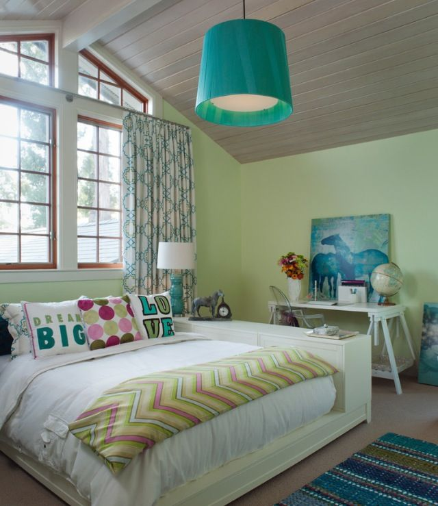 ❤❤ Inspiration: Color Scheme only. Light Green with aqua and light green/ magenta and light green accents.