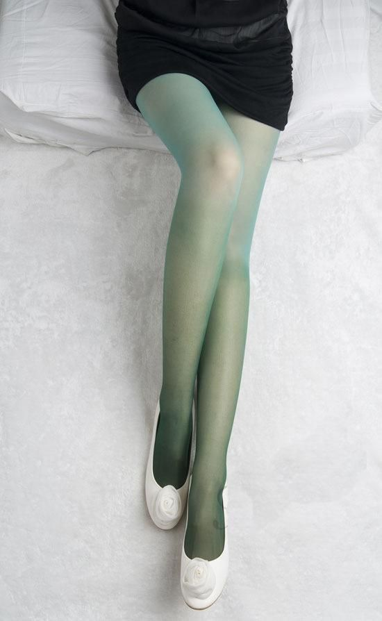 Fashion advice pantyhose color