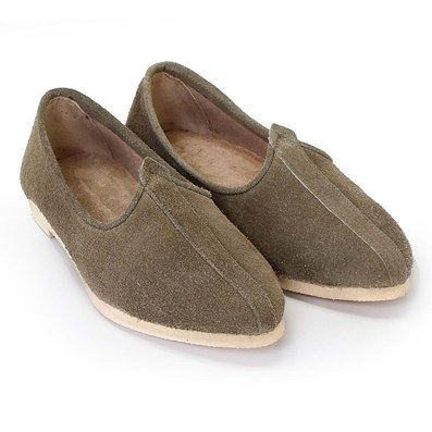 BUY ONLINE #OLIVE LEATHER PUNJABI #JUTTI WITH CREAM SOLE FOR MEN for Rs.999/- @ voganow.com