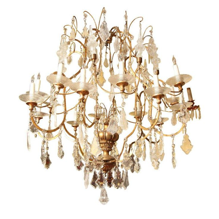 Very Large Italian 16-Arm Venetian Giltwood and Rock Crystal Chandelier 1