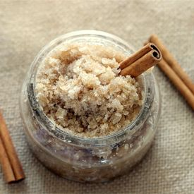 Lovely cinnamon sugar scrub that will have your skin and bathroom smelling lovely