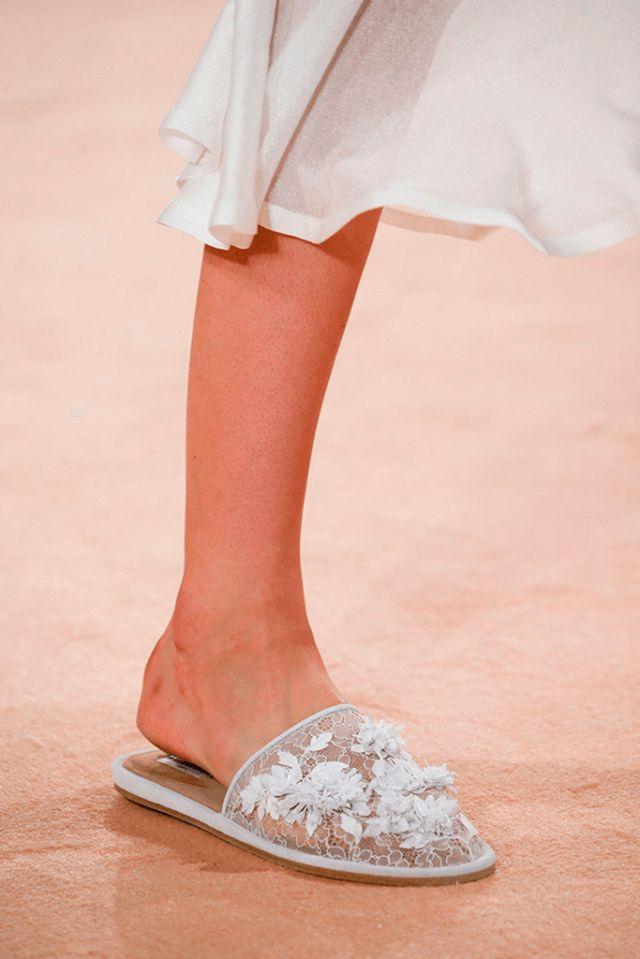 BALENCIAGA Spring Summer 2016   Confesiones de una Casual girl   #trends #shoes #runway #fashion #moda #tendencias #zapatos #blogdemoda #blog
