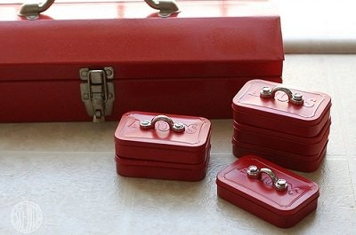 Altoids Mini Tool Box for Fathers Day- DIY gift, craft project