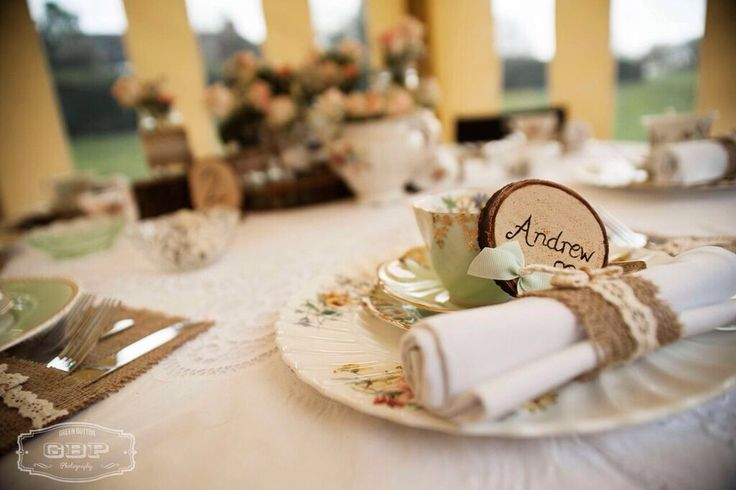 Bespoke handcrafted place settings from Lilly Dilly's  #bespoke #handcrafted #place settings #weddings #table #wood #rustic #log slices #Lilly Dilly's