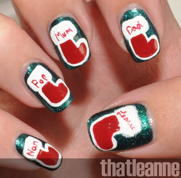 thatleanne: Holiday nail art: Stockings!Families Stockings, Christmas Nailart, Fingernail Ideas, Holiday Nails, Christmas Families, Christmas Nails, Christmas Stockings, Christmas Ideas, Amazing Nails