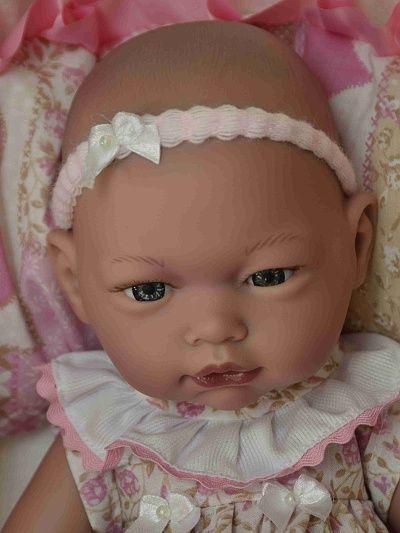 Realistické miminko - holčička Zdenička v tašce od firmy Guca