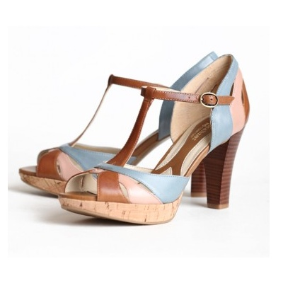 Katarina Strappy Heels by Naturalizer. Love the color combo.Colors Combos, Color Combos, Blue Shoes, Strappy Heels, 1940S Shoes, Modern Vintage, Vintage Shoes, Katarina Strappy, New Shoes