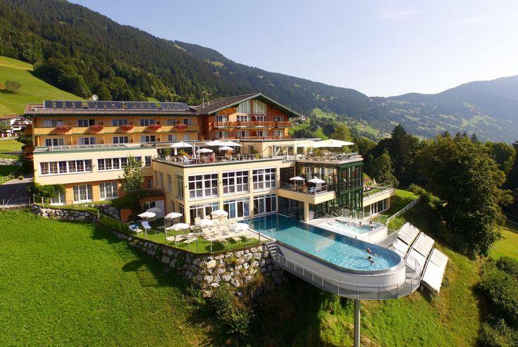 Fühle den goldenen Herbst | Ferienhotel Fernblick Hotel in Bartholomäberg über Schruns, Montafon - Vorarlberg
