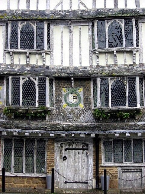 Tudor House - Exeter, Devon