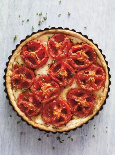 Photo Tarte salée au fromage et aux tomates confites