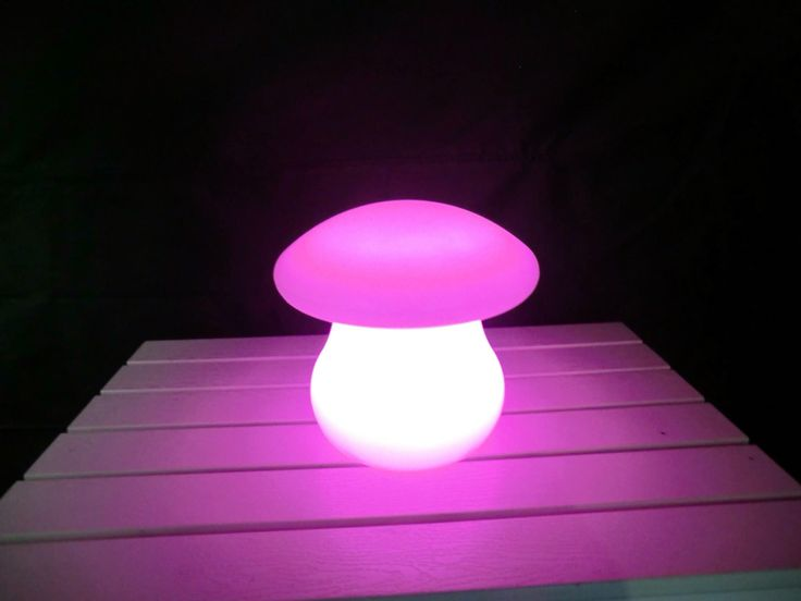 Fungo a #led. #arredo #giardino #garden #design #outdoor #moon