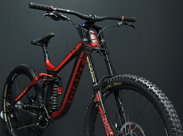 "mtbcheck: ""Giant Glory 27.5 Advanced 1 - pictures from Veloland Metz bikeshop """