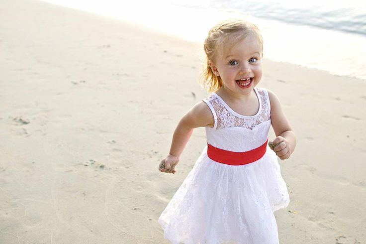 Could she be any cuter? Make sure you ask the photographer to capture some fun shots of the children - they'll love you for it when they're older! Wedding photography (Khun Aez)