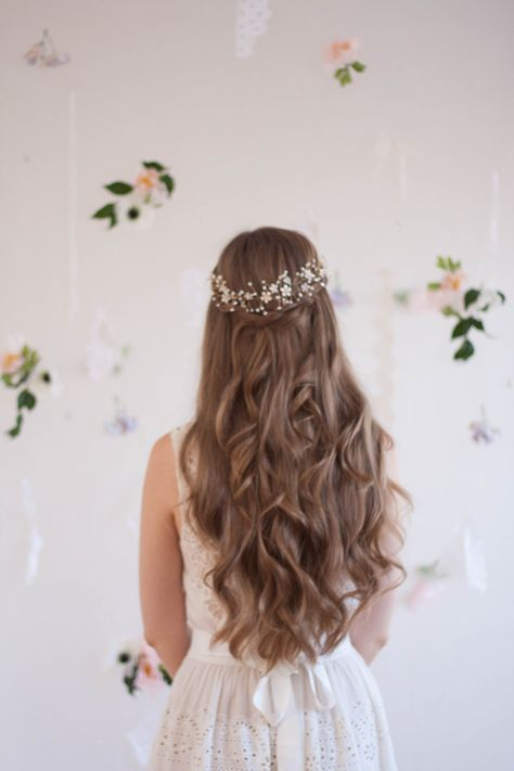 Blossom and pearl headpiece, babies breath headpiece, bridal halo, flower crown,…