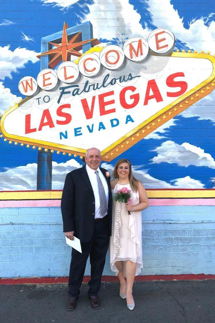 Elvis Vegas Elvis Officiant Elvis Wedding Vows Vow Renewal Renewal Of Vows Weddings Flowers Boutineer Wedding Plann Elvis Wedding Vows Chapel Wedding