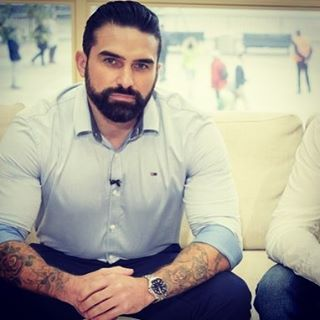 """1,004 Likes, 63 Comments - Anthony Middleton (@ant.middleton) on Instagram: """"A shot of Ant from last year's press for Series 1 of SAS:Who Dares Wins #ThisMorning #antmiddleton…"""""""