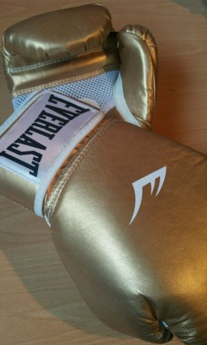 Gold #everlast 14oz #boxing #gloves, View more on the LINK: http://www.zeppy.io/product/gb/2/151953611572/