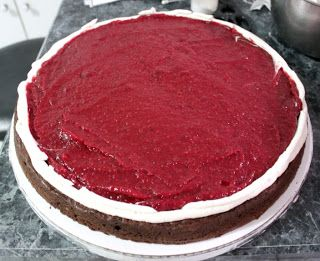 Seedless Raspberry Filling (or any Fruit) for cakes- thick and perfect consistency. Foodology: Wedding cake!