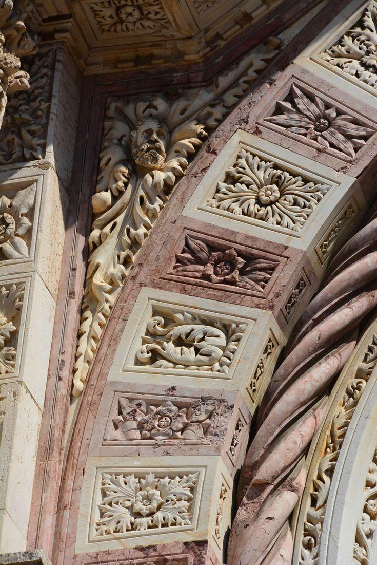 Орнамент и стиль в ДПИ - Декор фасада Кафедрального собора Гроссето, Италия