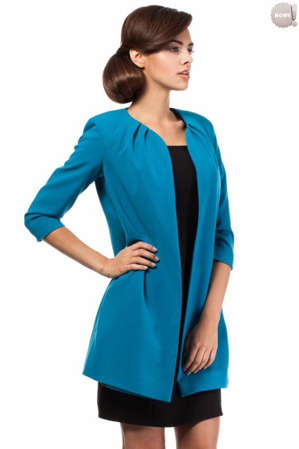 Prosty, turkusowy, nietaliowany żakiet na podszewce, bez zapięcia. #żakiet #elegancki #turkusowy #kobieta #moda #trendy