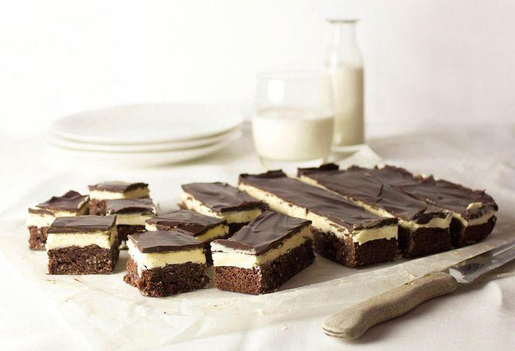 The Kiwi Cook | Chocolate Peppermint Slice | http://thekiwicook.com