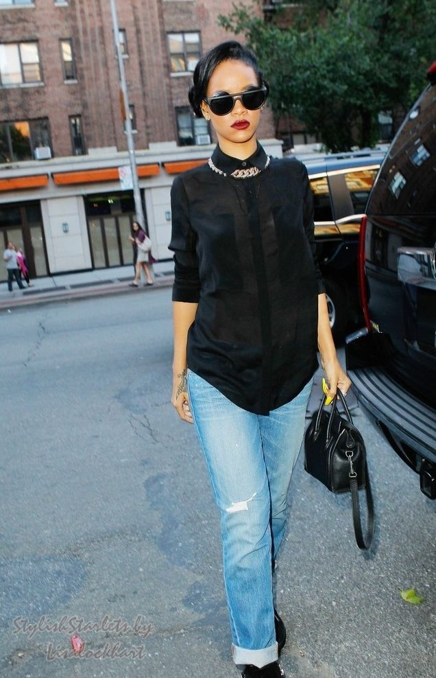 Rihanna Street Style Rihanna Street Style Pinterest Black Button Style And Gold Chains