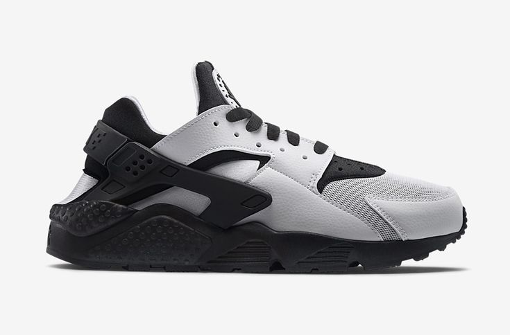 Nike Air Huarache – šedé/černé dámské boty, tenisky  #nike #nikeair #huarache #womens #tenisky #boty #sneakers #futuristic #futurism #grey #black