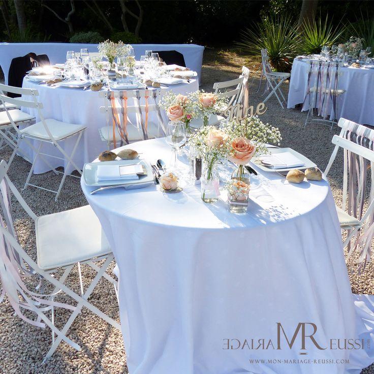 Une table des mariés originale, à deux en amoureux ! Décoration de table bohème chic