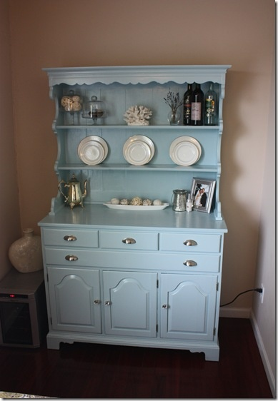 Love The Color Decor On This DIY Budget DR Hutch