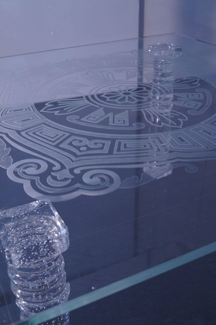 стеклянный стол Tb-05 - Шкло-Люкс Ярослав Фрончак - лазерная 3d гравировка внутри стекла