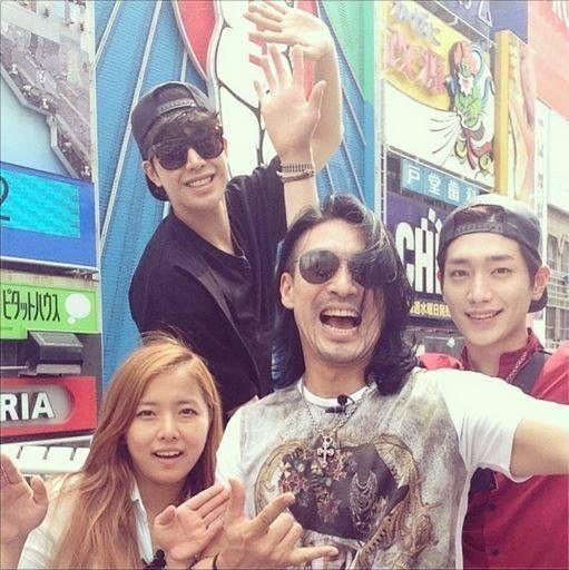 Shin Sung Woo, Park Min Woo, Seo Kang Jun, and Song Ga Yeon spotted in Japan for 'Roommate' | allkpop