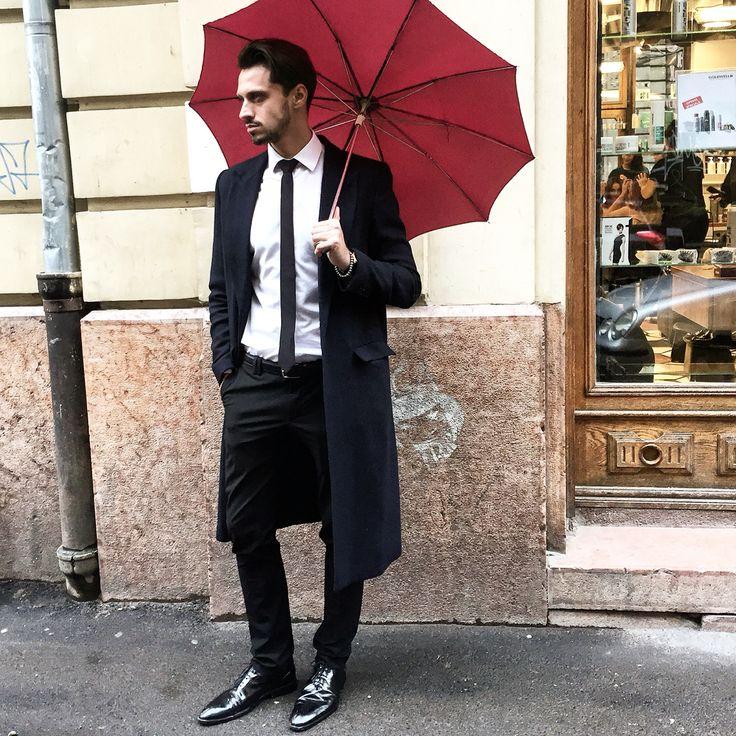 Under my umbrella !