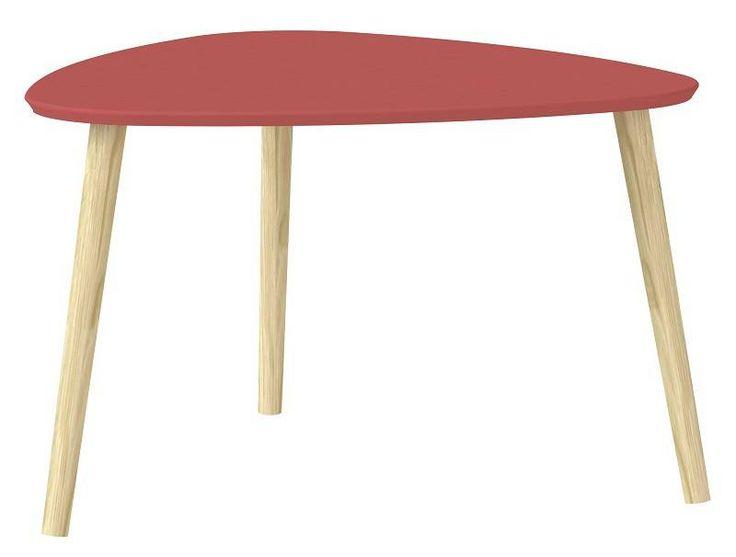 Mocca+Sofabord+-+Rød+-+Smart+sofabord+med+ben+fremstillet+af+egetræ.+Bordpladen+er+malet+rød+og+tilføjer+liv+og+glæde+til+boligen.+Den+flotte+røde+farve+skiller+sig+ud+fra+den+minimalistiske+stil+og+indretning,+men+den+kan+ofte+være+med+til+at+skabe+et+mere+personligt+hjem.+Ønskes+sofabordet+i+en+anden+farve,+findes+det+også+i+gul+og+blå.+