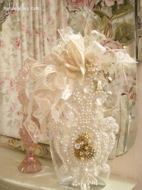 bridal bottle by mylulabelles, via Flickr #altered #bottle
