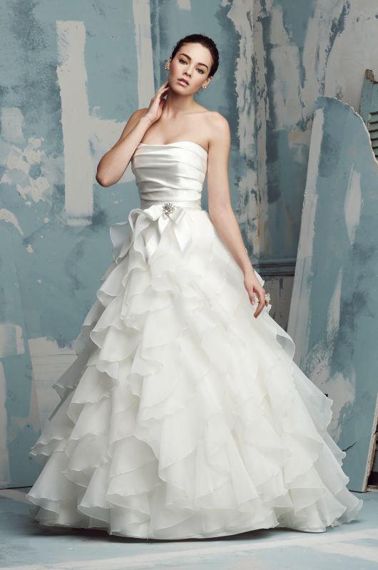 Paloma Blanca Style 4416 New Wedding Dress Size 10 - Nearly Newlywed