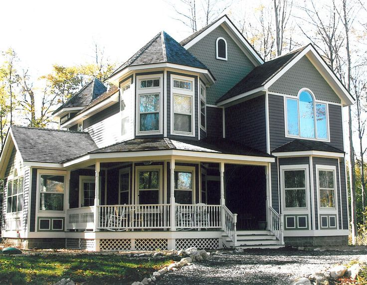 1000 images about victorian homes on pinterest queen for Victorian house plans with turrets