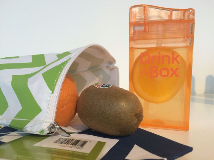 Drink in the box and a lunchskins zipper bag! What a great combo at kleine fabriek