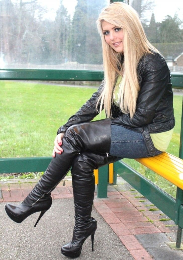 Pin di Emanuele Perotti su Leather Gloves | Stivali alti