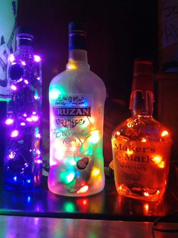 17 best glitter images on pinterest craft flasks and for Lamps made out of wine bottles