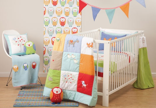 Google Image Result for http://hiccupsbabies.com.au/images/products/large/Hiccups_Apple_Tree_Bunting_ND.jpg