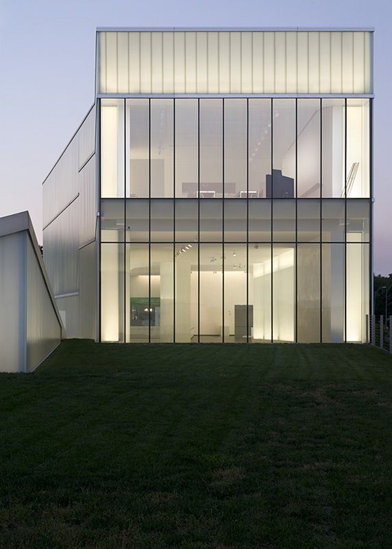 Nelson Atkins Museum Addition - Steven Holl Architects
