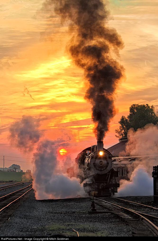 RailPictures. Foto Neta: NW 475 Norfolk y Vapor Occidental 4-8-0 en Strasburg, Pensilvania